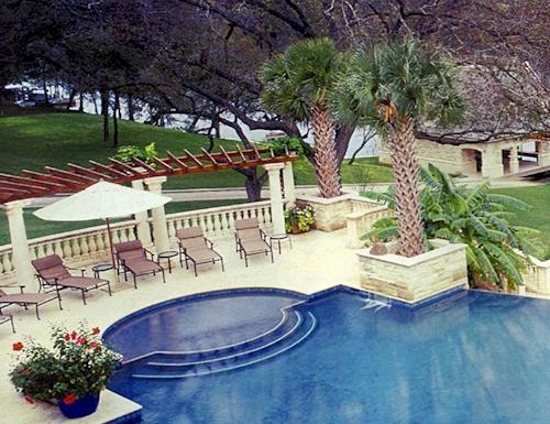 135-million-grand-lake-austin-texas-estate-12.jpg