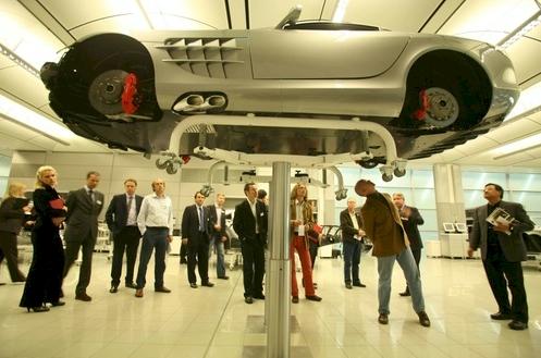 mercedes-ends-slr-production-in-2009.jpg