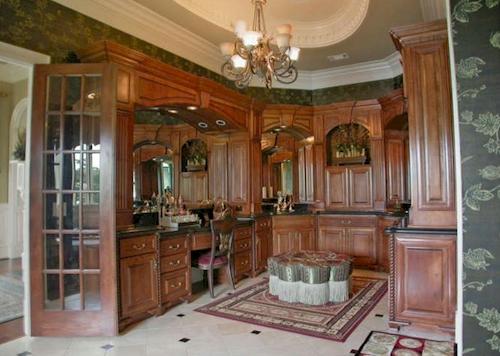 Master Bath — $6.9 Million Fabulous Mediterranean Estate in Atlanta, Georgia