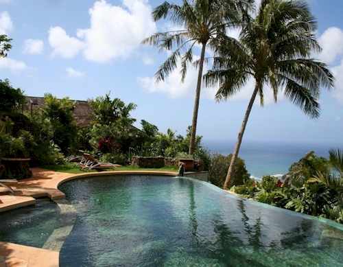$8.8 Million Mediterranean-Style Oasis on Hawaii Loa Ridge