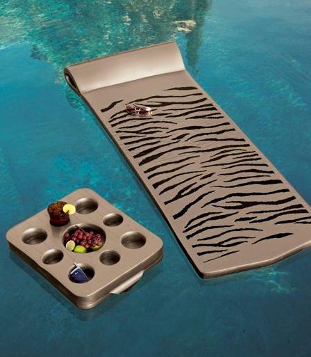 Animal Print Float & Tray