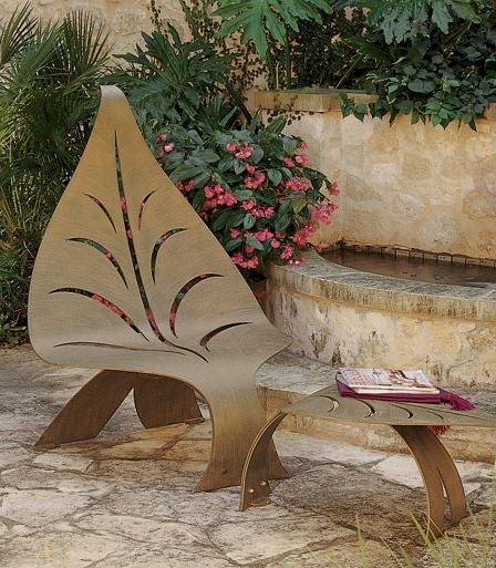 Leaf Chair & Ottoman