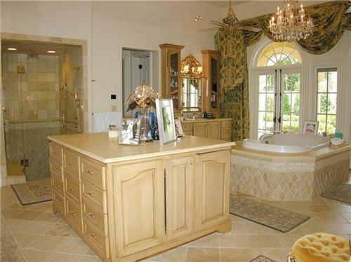 master bath with dressing island