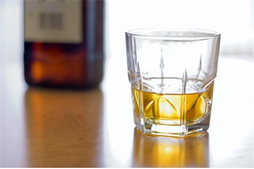 5 Whiskeys Worth Collecting
