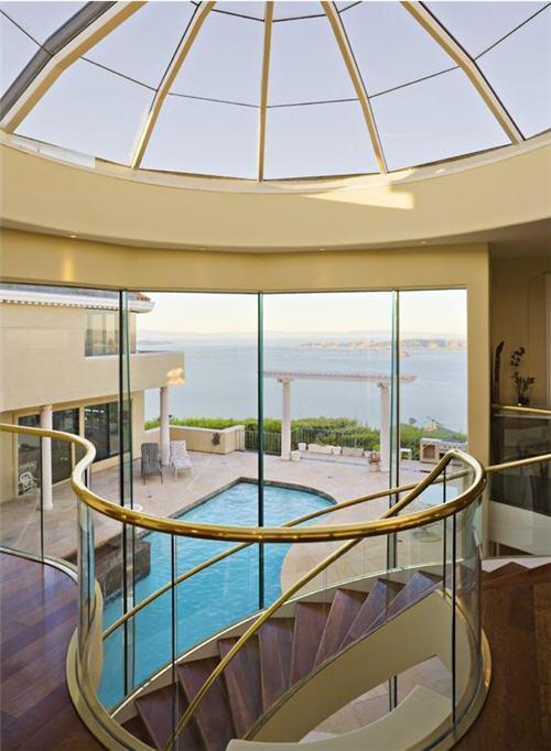 $9.9 Million Incomparable Contemporary in Tiburon, California