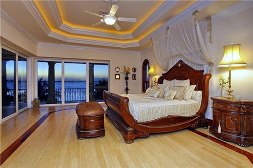 Estate Of The Day Indian Style Beach House In Sarasota