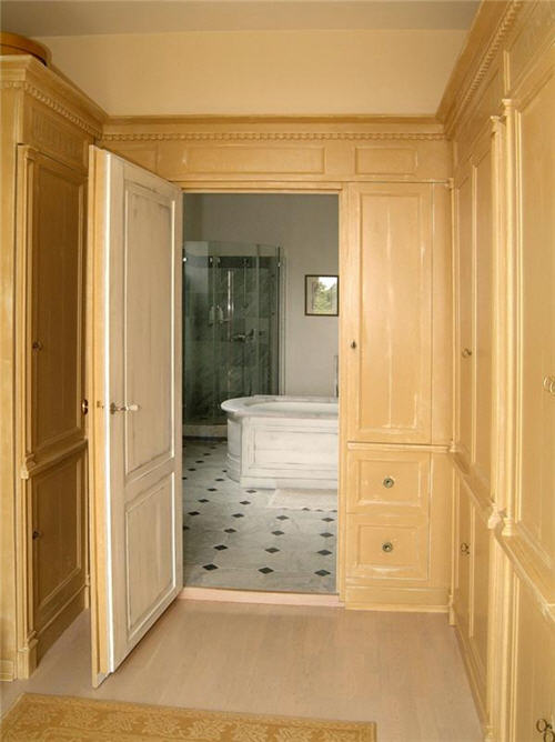 View of Modern Bathroom