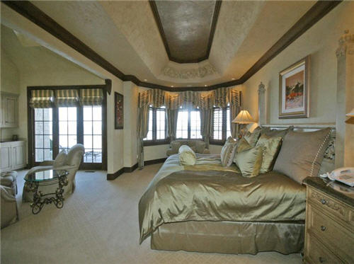 Estate of the day 10 9 million magnificent mansion in new buffalo michigan Master bedroom in a mansion