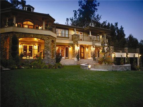 $9.9 Million Italian Villa In Studio City, California