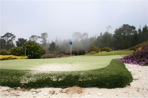 Chipping and Putting Green