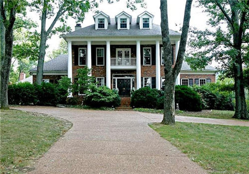 $2.3 Million Southern Colonial in Nashville, Tennessee