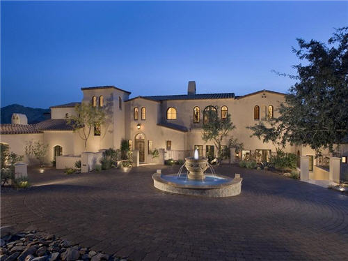 $4.9 Million Hillside Haven in Scottsdale, Arizona