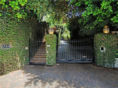 $7.3 Million Former Home of Joan Crawford in Los Angeles, California