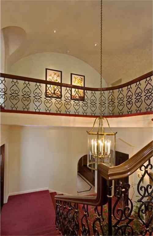 $9.9 Million Arden Hill Estate in Sands Point, New York