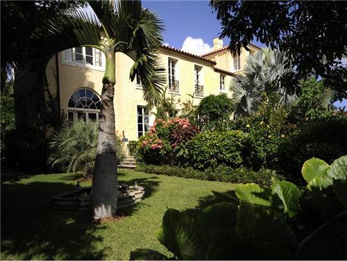 $11.9 Million Mediterranean Mansion in Palm Beach, Florida