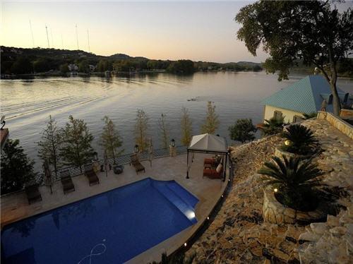12-million-lake-luxury-estate-in-austin-texas-15