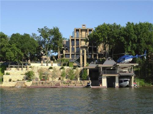 12-million-lake-luxury-estate-in-austin-texas