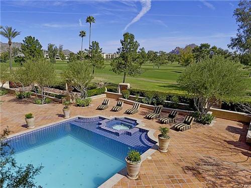 125-million-stunning-mansion-in-phoenix-arizona-20