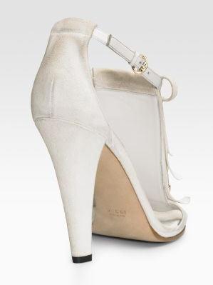 gucci-venere-t-strap-sandals-2
