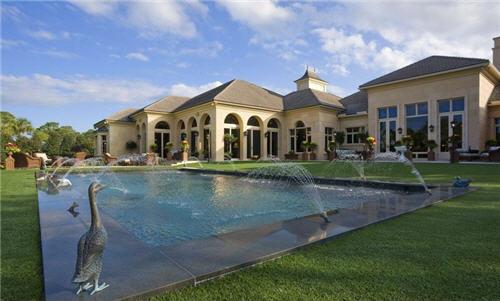 129-million-elegant-mansion-in-jupiter-florida-16