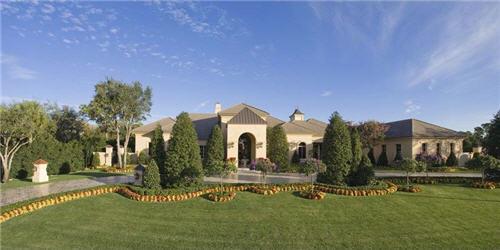 129-million-elegant-mansion-in-jupiter-florida-3