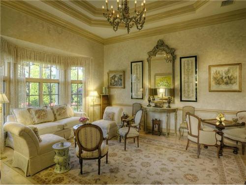 129-million-elegant-mansion-in-jupiter-florida-6