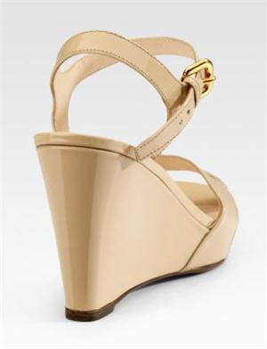 prada-patent-wedge-sandals-2