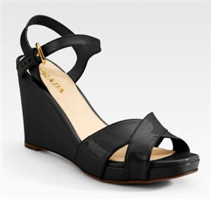 prada-patent-wedge-sandals-3