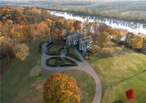 15-million-english-tudor-manor-in-richmond-virginia