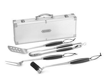 monogrammed-grill-tools-set-2