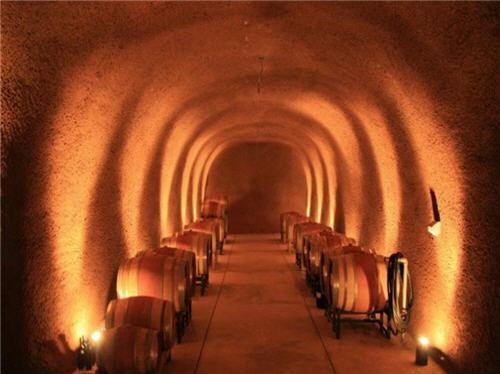 119-million-luxury-wine-country-estate-compound-glen-ellen-california-13