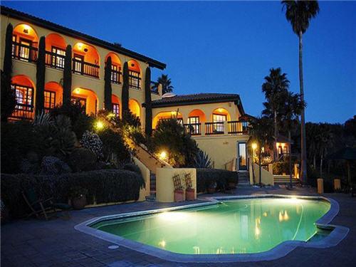 119-million-luxury-wine-country-estate-compound-glen-ellen-california-17
