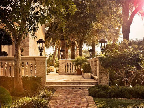 219-million-royal-palm-yacht-country-club-estate-in-boca-raton-florida-9