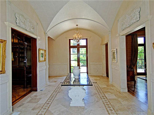 229-million-classic-mediterranean-palazzo-villa-in-los-angeles-california-5