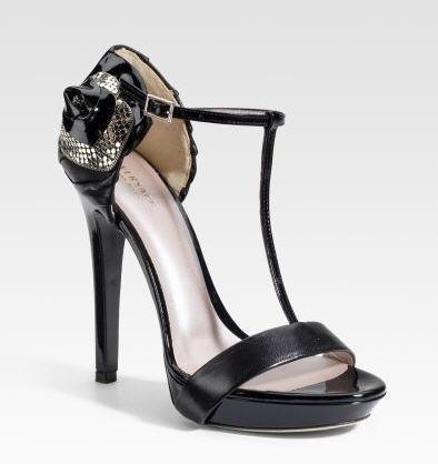 versace-mesh-rose-t-strap-sandals