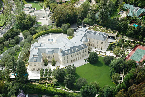 150-million-spelling-manor-officially-listed-for-sale