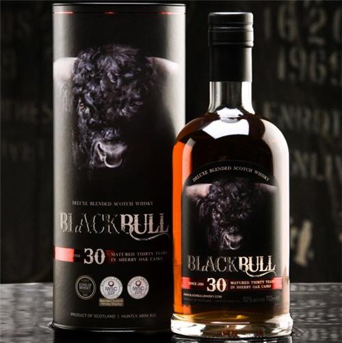 black-bull-30-year-old-blended-scottish-whisky