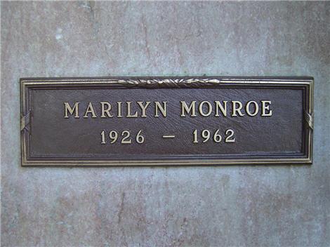 marilyn-monroe-tomb