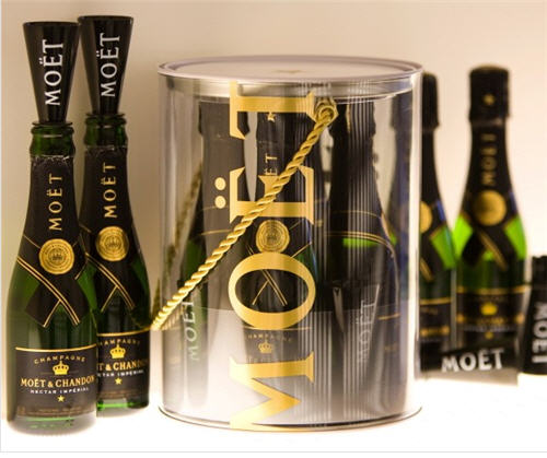 moet-chandon-buckets-of-bubbles-2