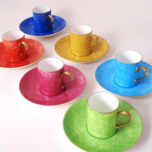 peter-ting-spotted-cups-and-saucers