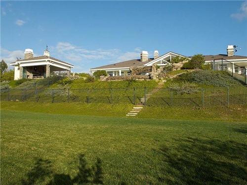 26-million-equestrian-estate-in-moorpark-california-10