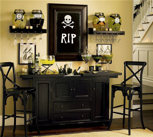 pottery-barn-skull-cocktail-collection-3