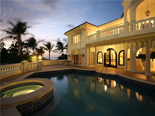$7.9 Million Villa Del Mare in Cayman Islands 11