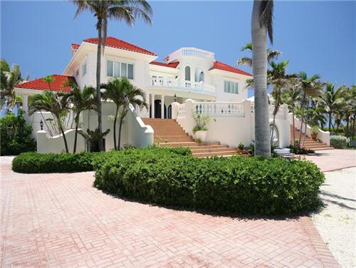 $7.9 Million Villa Del Mare in Cayman Islands 2