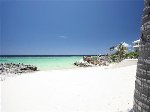 $7.9 Million Villa Del Mare in Cayman Islands 5