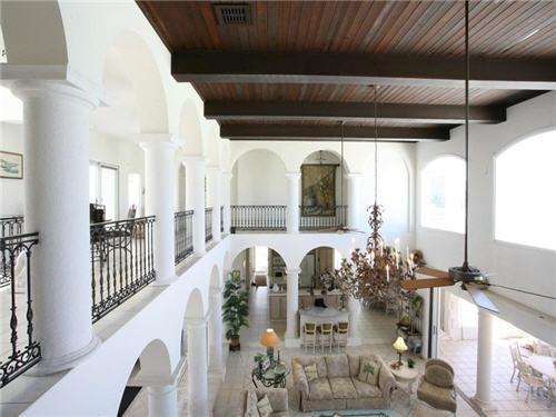 $7.9 Million Villa Del Mare in Cayman Islands 9