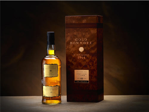 Gold Bowmore Completes the Scotch Trilogy