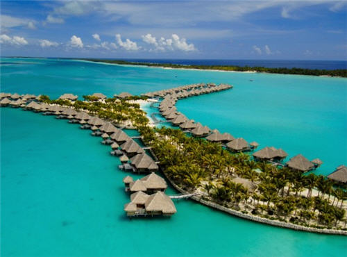 St. Regis in Bora Bora offers Couples Retreat Package