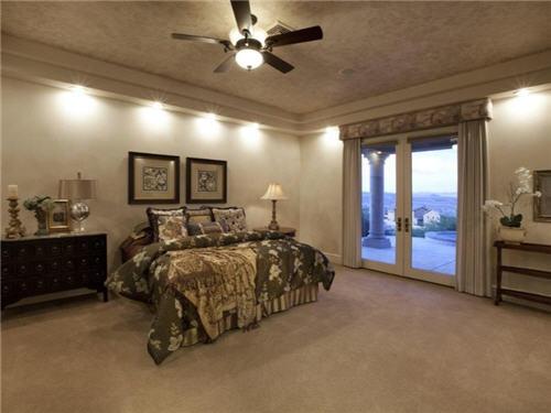 $1.6 Million Dramatic Estate in Henderson Nevada 10