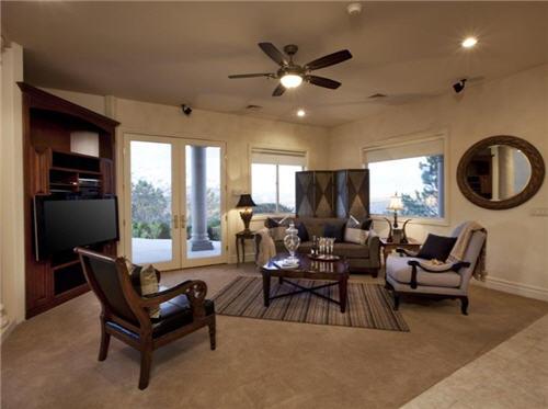 $1.6 Million Dramatic Estate in Henderson Nevada 9
